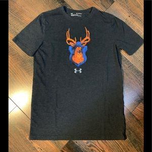 Under Armour Youth XL t-shirt